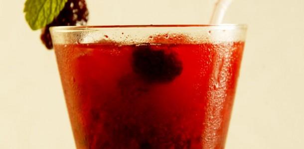 receita-caipirinha-saque-frutas-vermelhas