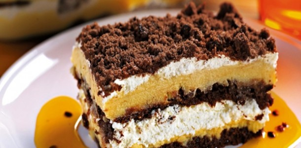 receita-pave-de-maracuja-com-cookies-de-chocolate