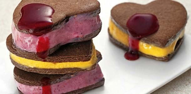 receita-sanduiche-de-biscoito-com-sorvete