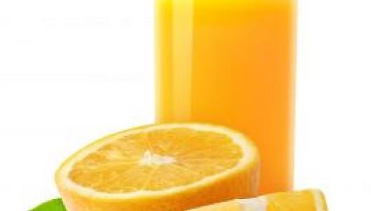 copo-de-suco-de-laranja_19-138833
