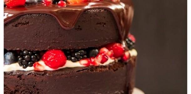 naked-cake-de-chocolate-com-frutas-vermelhas1