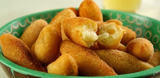 receita-bolinho-mandioca-queijo