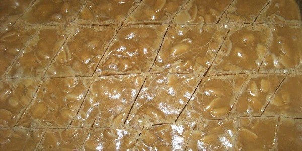 doce-de-amendoim-caseiro