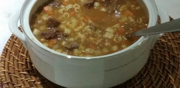 sopa-de-legumes-com-macarrao-2-768x768
